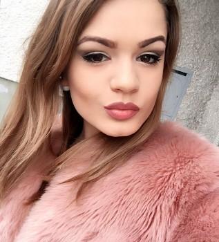 adelina salvatorehair